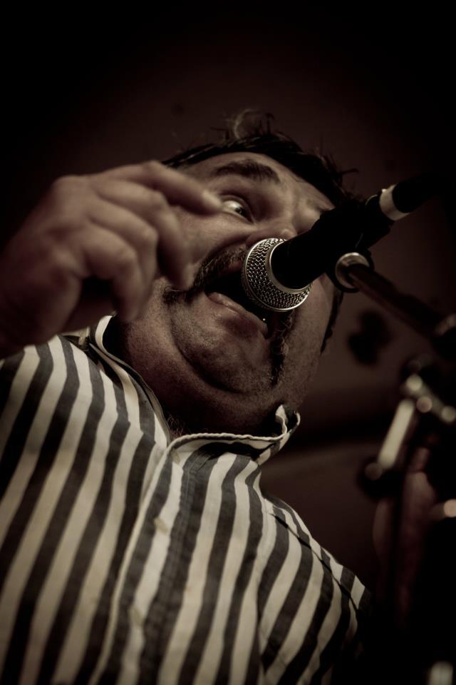 Éric Émereau alias Baluze en live - Photo Pierrick Aubouin